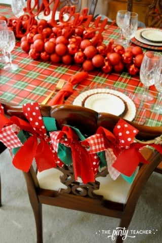 Christmas chairs 4 ways by the party teacher 2