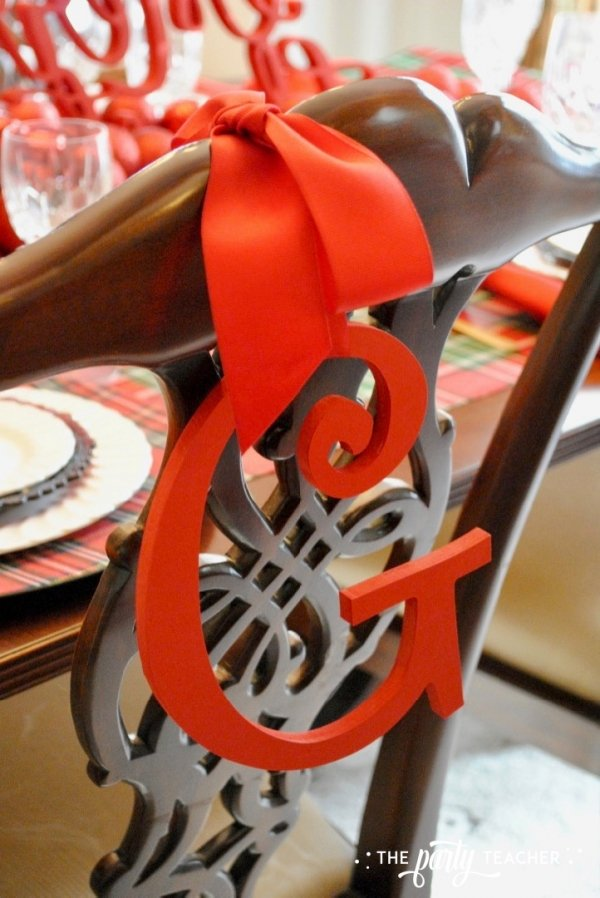 Christmas chairs 4 ways by the party teacher 9