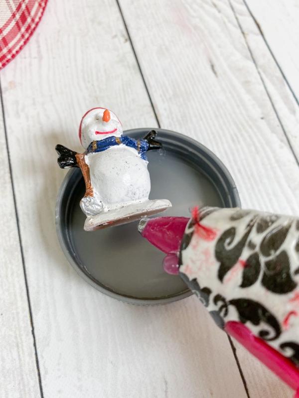 Everyday party magazine diy snowglobe ornaments 11