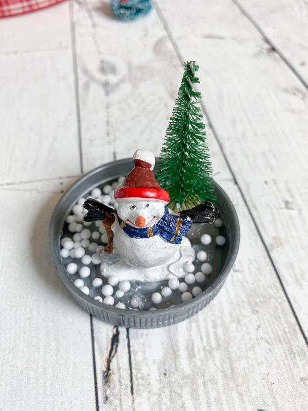 Everyday party magazine diy snowglobe ornaments 2