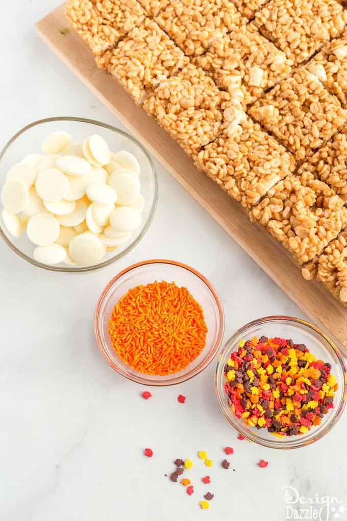 Pumpkin spice rice krispie squares 14