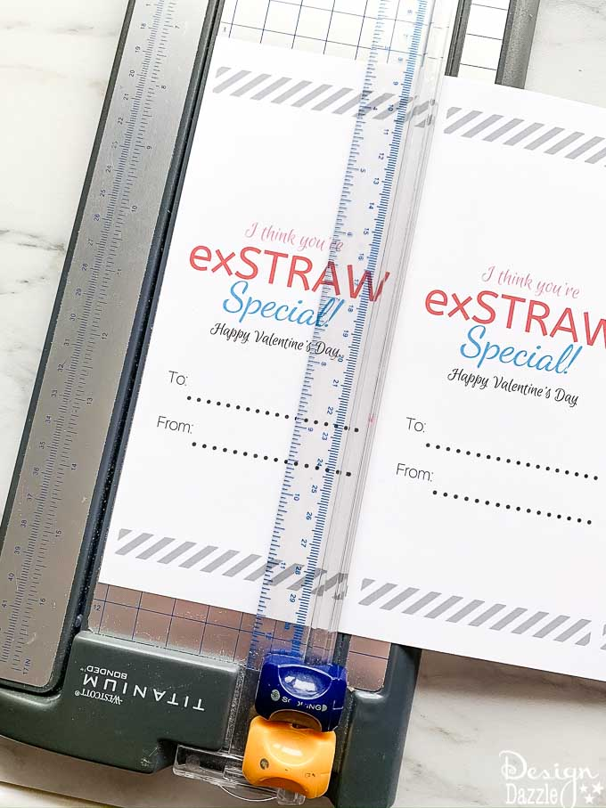This I think you're exSTRAW speial post has an adorable non-candy valentine printable! Scroll down to download the free printable. Scroll down to download the free Valentine printable. | Design Dazzle