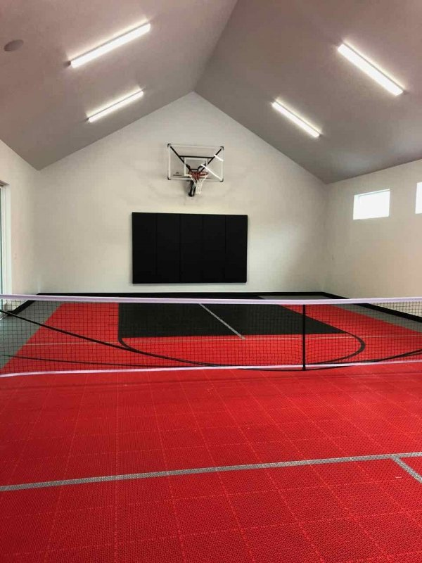 home basketball court indoor