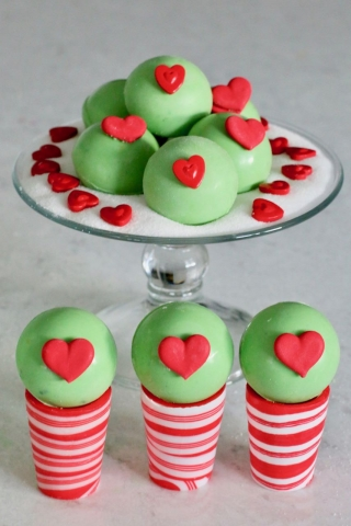 Grinch Hot Chocolate Bombs