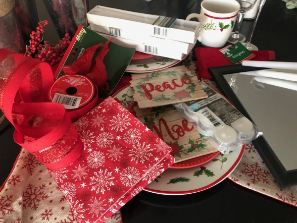 Dollar Store Christmas Tablescape & Hacks!