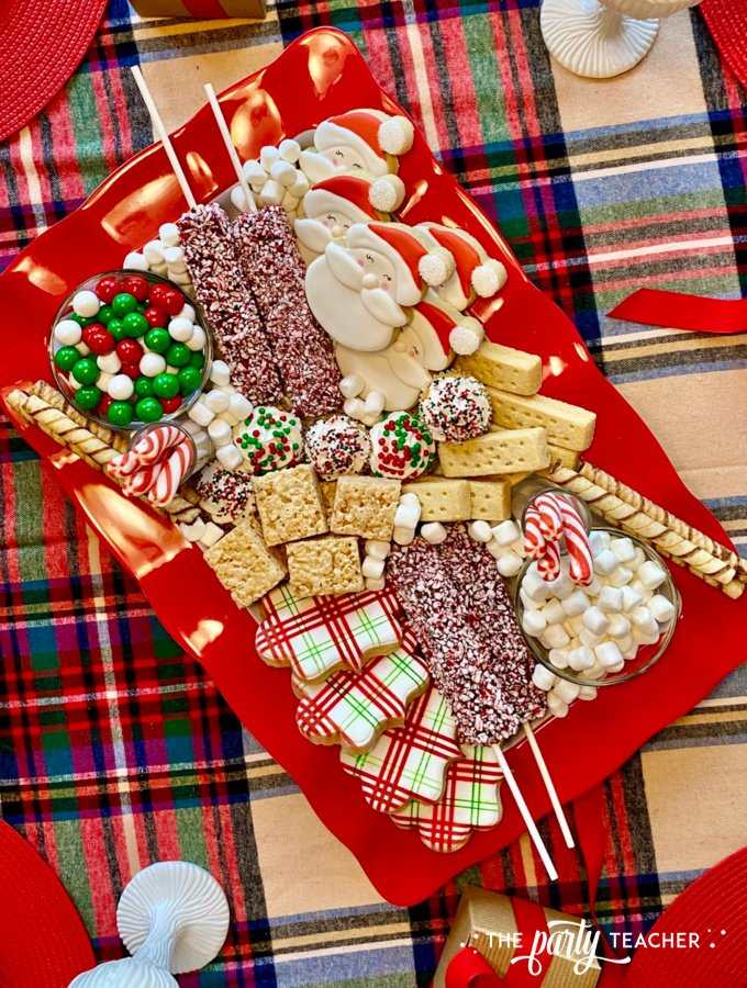Christmas charcuterie board by the party teacher 43