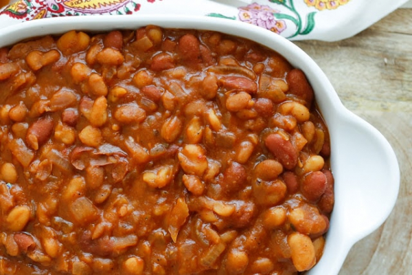 slow cooker mexican baked beans