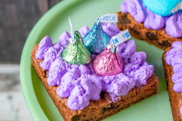 Easter chocolate chip cookie squares 12