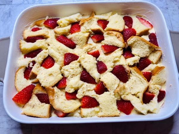 Strawberry french toast bake 5