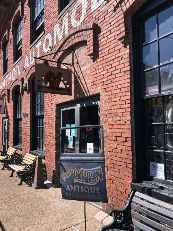 Visiting Nashville Things to Do! Design Dazzle