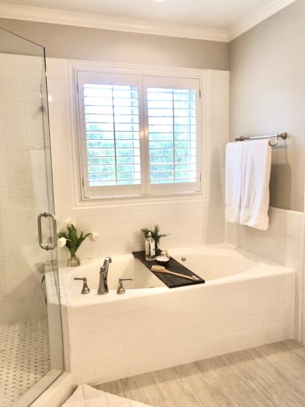 DIY Bathtub Tray -No tools needed!